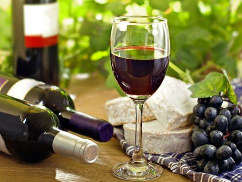 Rotwein In Maßen Weiterhinn Unbedenklich. Foto: (c) Derkien - Fotolia.com